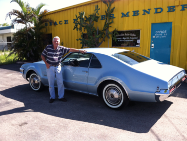 Go cruisin' in the Florida weather in a vehicle restored by Beach Fender Mender.